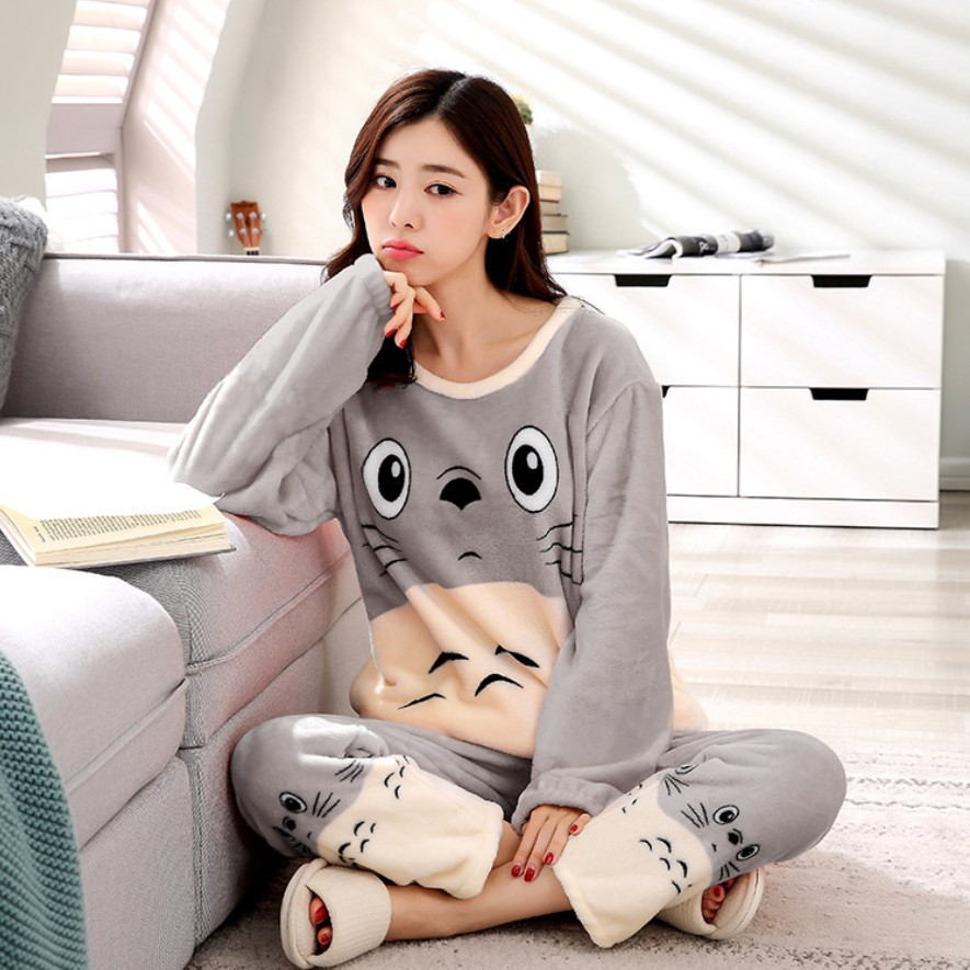 Women pajamas long sleeves for winter with cute sheep print size: S - XXL