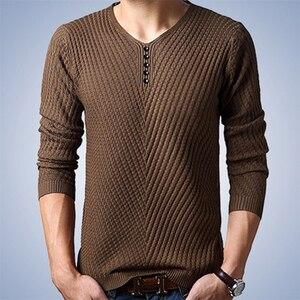 Image 3 - Thoshineブランド春の秋のスタイル男性ニットツイルセーター薄型vネックボタン男性カジュアル無地オムジャンパー