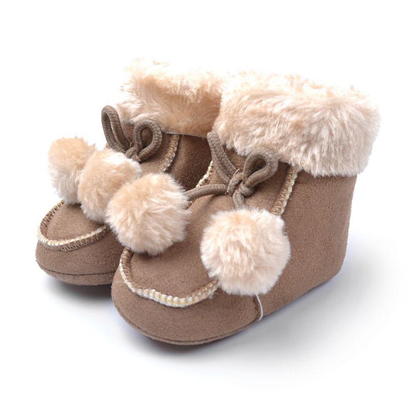 80ba032cd159e 0-18 M Bébé Garçon Chaussures Enfant Bébé Fille Pompont Chaussures Polaire  Neige Bottes Hiver Chaud Chaussons
