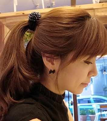 2017 New Fashion Charming Jewelry 1 Pair Lovely Rhinestones Inlaid Crystal Bowknot Shaped Ear Stud Color Black Lady Gift