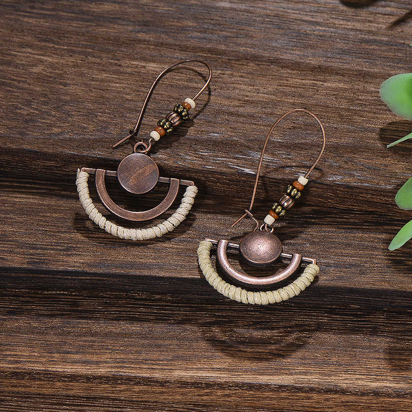 Retro Copper Hollow Fan Pendant Drop Earrings for Women Ethnic Wooden Beads Wire Hook Long Dangle Earring Jewelry Hot Sale