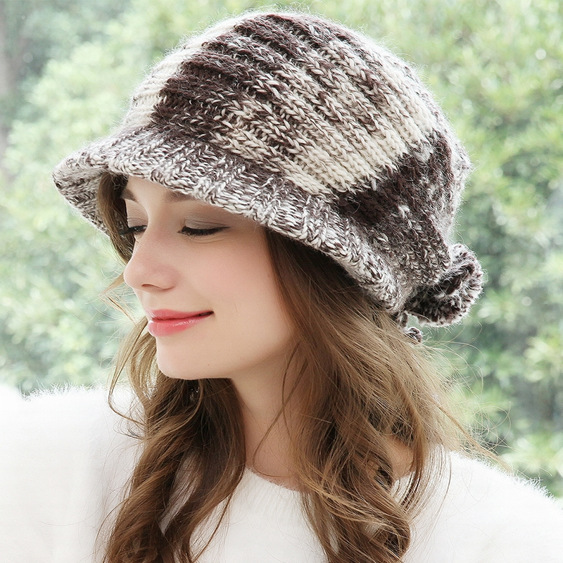 Filles épaissir Ski neige casquette nouvelle mode fourrure pompons hiver femmes Beanie chapeaux femme Skullies chaud casquette tricot chapeau