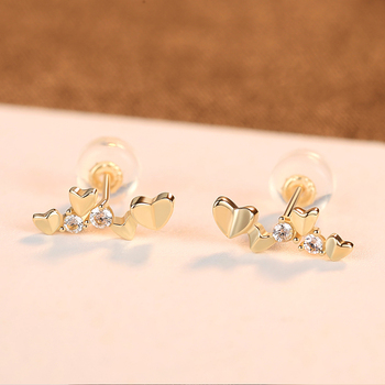 Exquisite 14k Gold Heart Stud Earrings 5