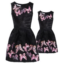 New Mom Daughter Clothes Family Look Mother Daughter Dresses Family Matching Clothing for Summer Sleeveless Printed Family Dress