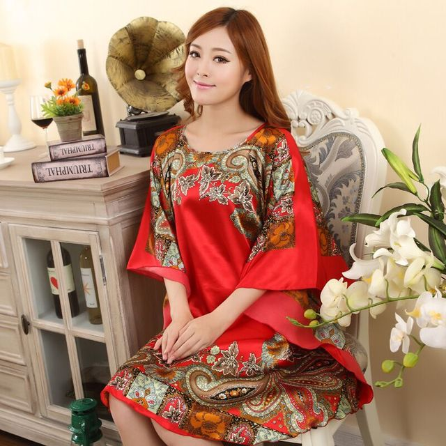 Plus Size do Falso das Mulheres de Seda Roupão de Banho Vestido Camisola Pijama Sleepshirts Sleepwear Novo Estilo Impresso Zh591C Mujer Verão