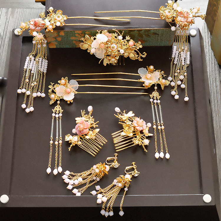 2017 new transparent flower tassel hairsticks comb Chinese bride wedding headdress Coronet costume show wedding hair accessories bride chinese vintage headdress beaded tassel protein hairpins comb crystal hair jewelry vintage wedding hair accessories