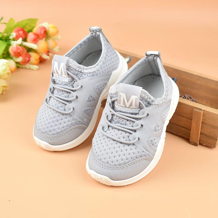 Nuove scarpe per bambini bambini Scarpa sportiva neonato antiscivolo Fondo morbido Confortevole traspirante bambino ragazze Sneakers Scarpe da bambino JM08