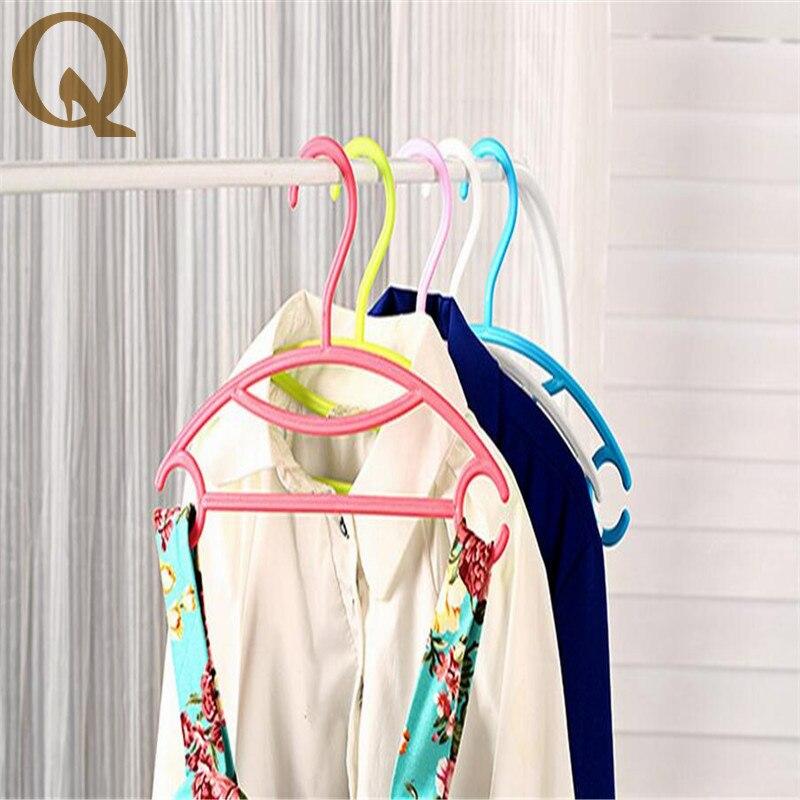 2017 New Arrival Baby Small Kids Child Children Suitable Hook Hangers Nursery Garment Coat Clothes Plastic Hanging Towel Rack