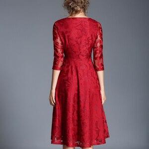 Image 5 - H han kraliçe sonbahar dantel elbise iş rahat ince moda o boyun seksi Hollow Out mavi kırmızı elbiseler kadın A line Vintage vestidos