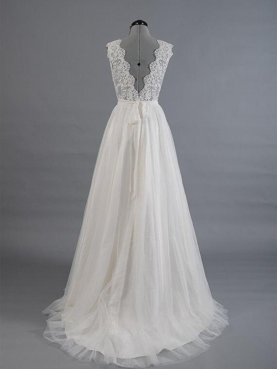 V-Neck Lace Applique Low Back Tulle A-line Wedding Dress 2