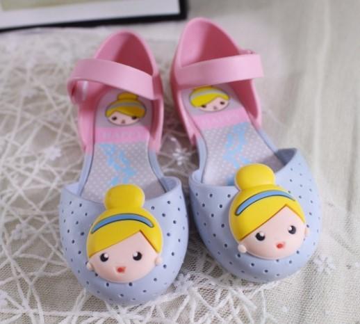 14-16.5 cm muchachas del verano sandalias zuecos niños transpirable princesa de dibujos animados chica de color suave suela de la Sandalia