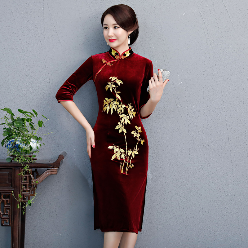 2018 New Long Cheongsam Fashion Chinese style Medium Length Dress Womens Velour Qipao Slim Party Dresses