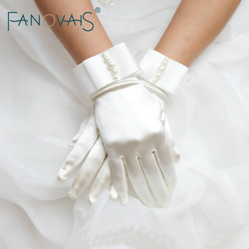 Finger Satin Wrist Wedding Gloves 2019 Pearls Simple Cheap Bridal Gloves One Size Wedding Accessories Wedding Gloves