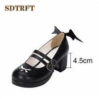 SDTRFT Plus: 34-44 Primavera/Outono Doce lolita Grosso-sapatos de Salto Alto mulher asas de demônio cosplay preto/branco bombas sapato feminino