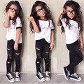 Meninas da moda verão roupa dos miúdos camiseta carta + buraco recortada calças grils conjunto de Roupas Vetement fille crianças conjuntos de roupas