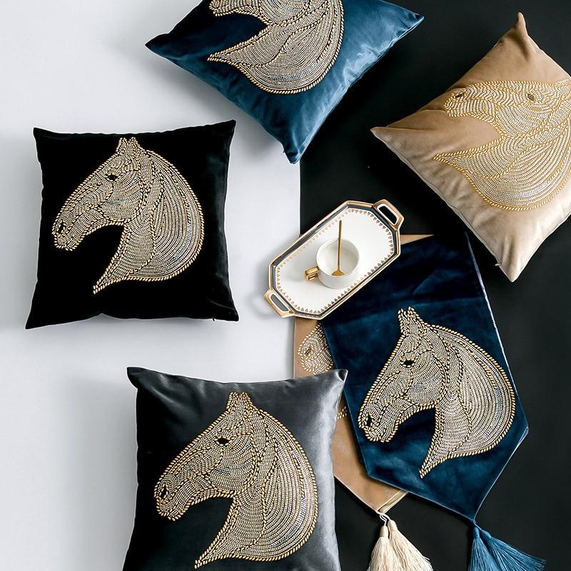 Modern Simple Golden Horse Pillow Case Washable Hidden Zipper Cover Comfortable Plush Cushion For Sofa Car Bedroom