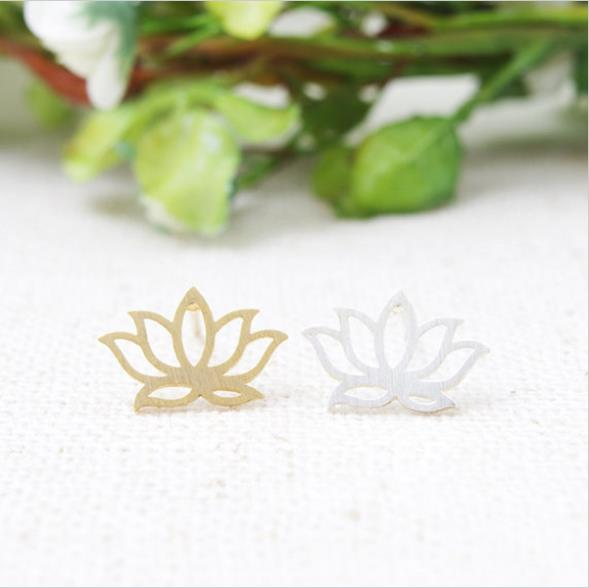 Fashion hollow out lotus stud earrings, beautiful girl's stud earrings wholesale free shipping