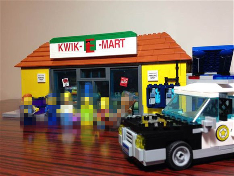 Hot Sale  Simpson KWIK-E-MART Model Set Building Blocks Bricks Model Assembling Toys Compatible with Lepins Educational Toys black pearl building blocks kaizi ky87010 pirates of the caribbean ship self locking bricks assembling toys 1184pcs set gift
