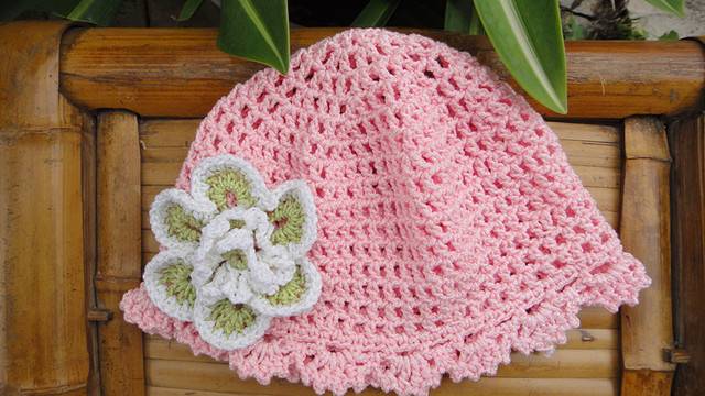 wholesale Handmade Crochet Baby Hat Shoes Set Flower pink  Newborn Gift Shoes