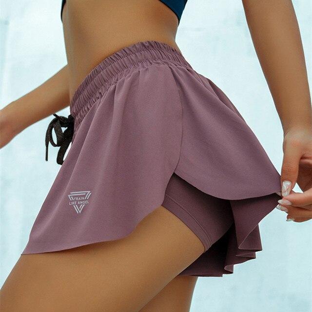 Shorts de corrida feminino 2 em 1 cretkoav, bermuda esportiva solta para academia, tecido respirável e secagem rápida