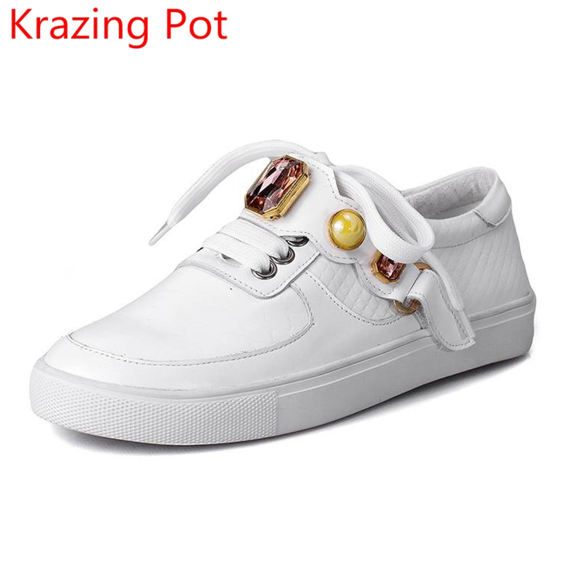 2017 New Fashion Spring Big Size Brand Shoes Flat with Pearl Loafers Elegant Sneaker Increasing Platform Women Causal Shoes L46 fashion tassels ornament leopard pattern flat shoes loafers shoes black leopard pair size 38