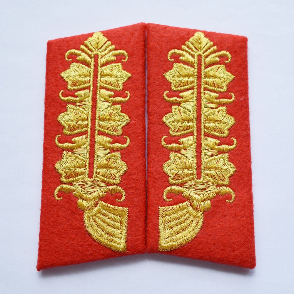 WW2 GERMAN MARSHAL CORNFLOWER COLLAR TABS BADGE EMBROIDERED GOLD BULLION 33025