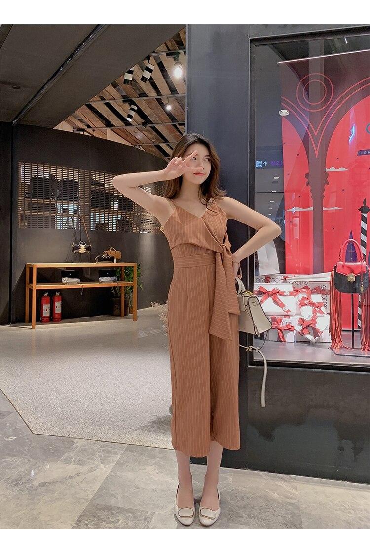 Sling Off Shoulder Sleeveless Striped Jumpsuit 2019 New Fashion V-Neck High Waist Nine Points Wide Leg Jumpsuit Summer 21