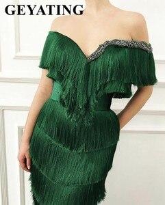 Image 2 - Arabic Wavy Emerald Green Tassel Evening Dress Mermaid Long Crystal Off the Shoulder Elegant Women Formal Prom Dresses in Dubai