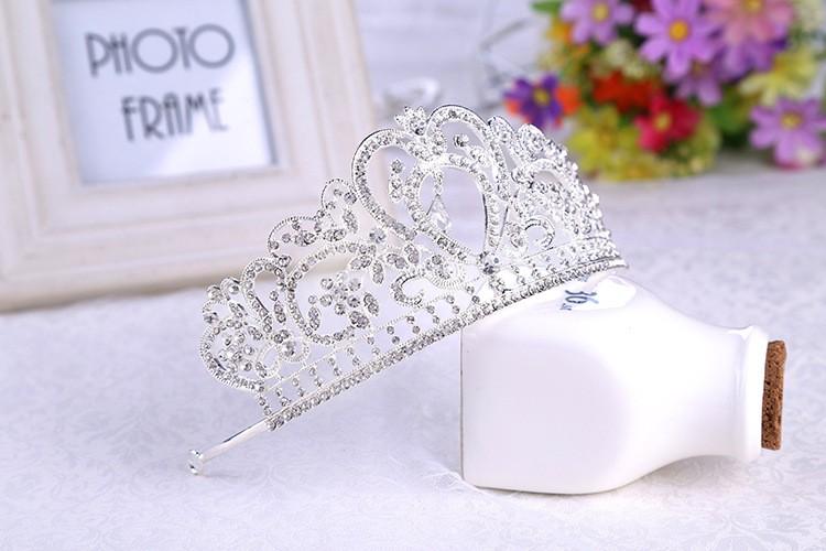 HTB1fAUXLXXXXXazXFXXq6xXFXXXa Glamorous Wedding Pageant Prom Rhinestone Crystal Crown For Women - 5 Colors