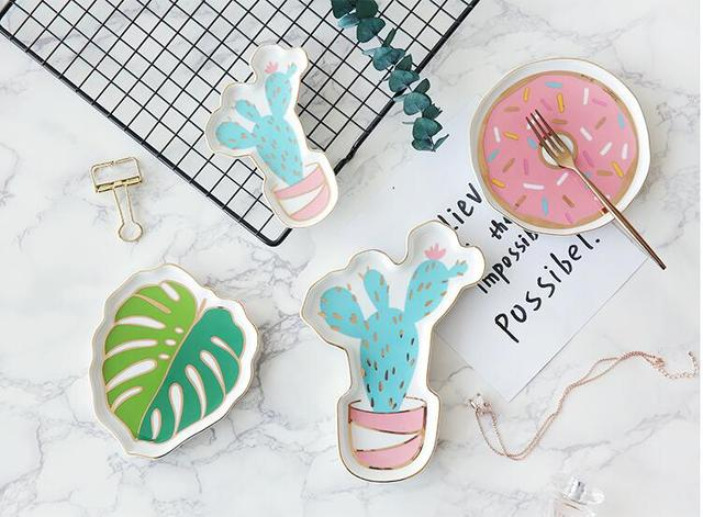A set of 2 Piece Creative Ceramic Jewelry Tray 2
