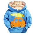 2016 nuevo invierno de los niños ropa de algodón azul de manga larga chaqueta de los niños de dibujos animados coches patrón de suéter de la venta directa de fábrica