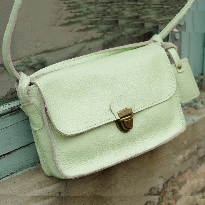 Simply Style Mini Flap Bag Real Leather Elegant Women Crossbody Bag Fashion Design Lady Crossbody Bag Girls Small Shoulder Bag crossbody bowler bag