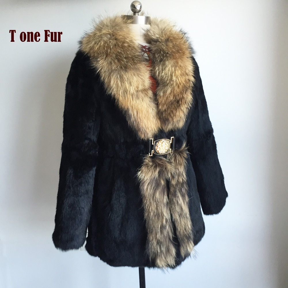 Factory Direct Wholesale Retail Customize OEM Plus Size Whole Skin Natural Rabbit Fur Coat with Real Raccoon Fur Colar KSR139