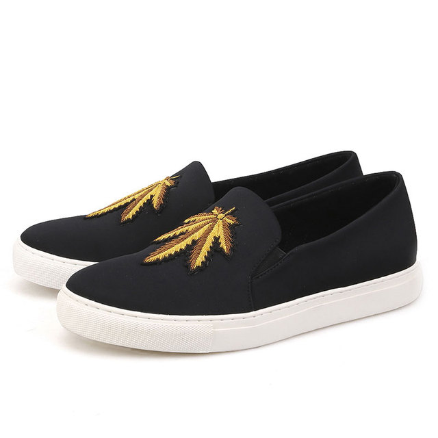2018 Spring Summer New Handcrafted Maple Leaves Silk Men Shoes Cotton Fabric Slip-On Men's Casual Shoes Men Embroidery Loafers