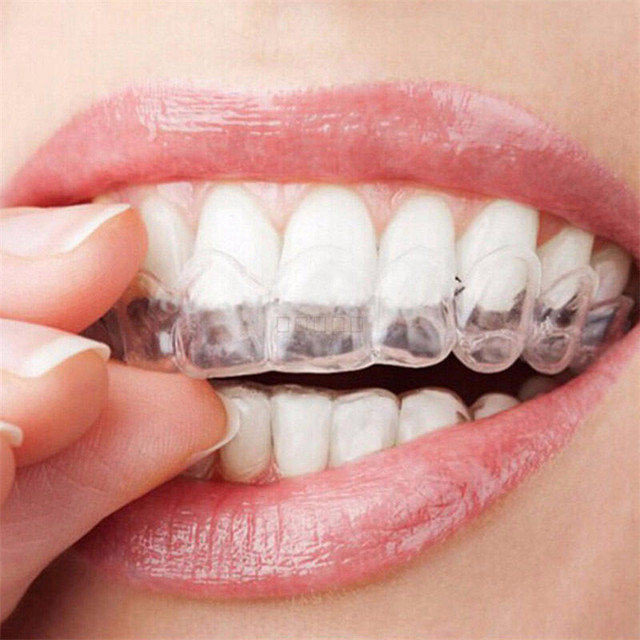 2pcs Moldable Mouth Thermoform Dental Teeth Whitening Bleaching Molding Trays Oral Care Gel Mouthguard Tray