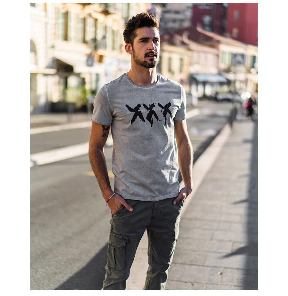 HTB1fBQmd5OYBuNjSsD4q6zSkFXaD - SIMWOOD 2019 Summer Vintage T Shirt Men Slim Fit Fashion Short Sleeve Pattern Vintage Cotton Tops High Quality Tee 180142