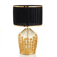 High End пост современный американский покрытием золотого Железный текстиль E27 Книги по искусству Настольная лампа для Гостиная Спальня иссле