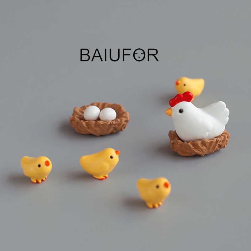 Baiufor Hen Chick Keluarga Miniatur Terrarium Patung DIY Mikro Moss Lanskap Aksesoris Miniaturas untuk Mini Taman Dekor