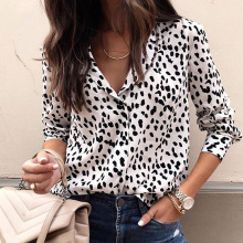 все цены на Button-down shirt Casual women's tops and blouses Long Sleeve V-neck Leopard Print Pullover Shirt Top blouse women clothing онлайн