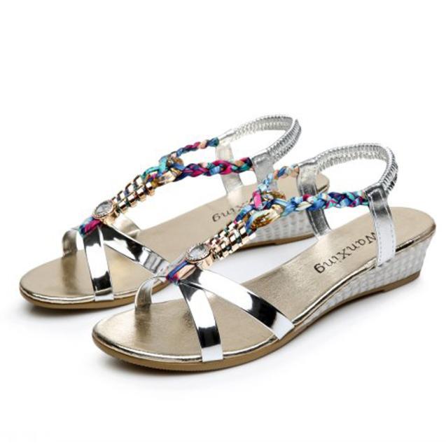 SAGACE 2018 Chaud Nouvelle Mode Lumière Haute Qualité Femmes D'été Femmes Sandales Plates Pour Femmes Mode Sandales Décontractées Chaussures De Plage