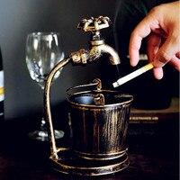 الرجعية الإبداعية منفضة بار مطعم مكتب زخرفة الحديد الحلي شخصية متعددة الوظائف صنبور السجائر منفضة