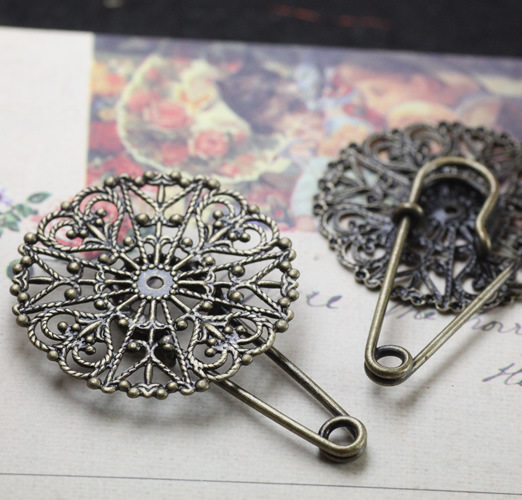 10pcs/lot Round Flower Slice Brooch Settings Spacers Base Antique Bronze Safety Pin Brooch DIY Findings Accessories