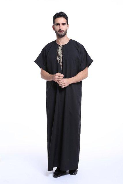 De alta qualidade Bordado abaya Muçulmano Vestuário Islâmico para homens Saudita plus size masculina dubai Kaftan mangas curtas roupas Jubba