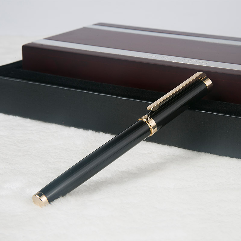 High End Luxury Hero 1112 Business Fountain Pen 0.5mm Nib Sign Pens with Gift Box Free Shipping most popular duke confucius bent nib art fountain pen iraurita 1 2mm calligraphy pen high end business gift pens with a pen case