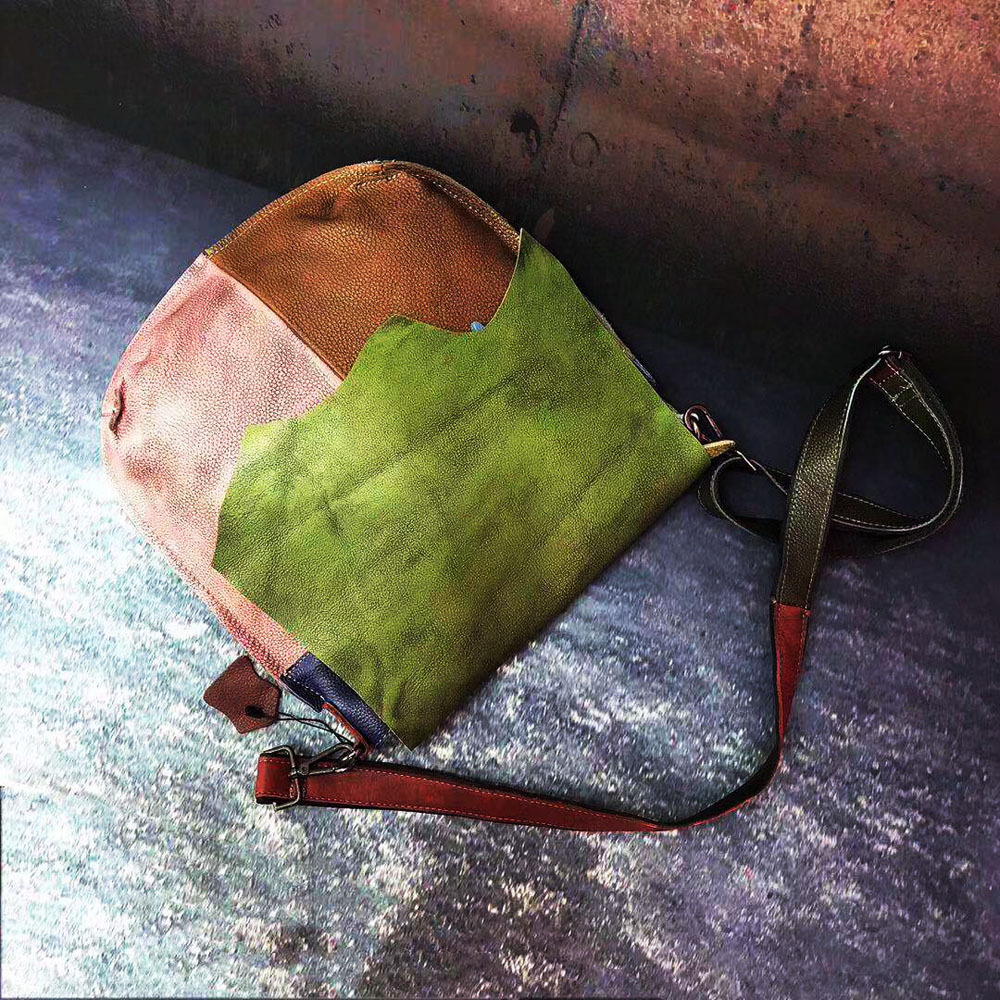 2019 New Vintage Echt Leer Vrouwen Zadeltas Willekeurige Patchwork Kleurrijke Messenger bags 34*35 cm-in Top-Handle tassen van Bagage & Tassen op  Groep 3