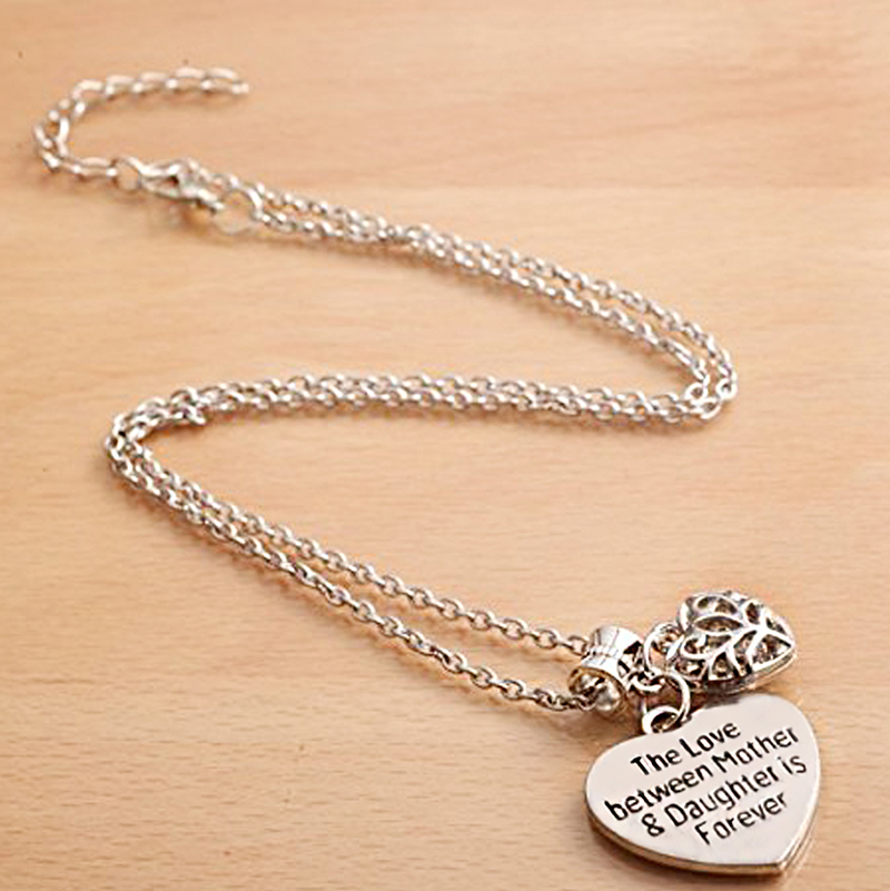 HTB1fC0xPVXXXXayapXXq6xXFXXXh - 'Mother's Love is Forever' Two Hearts Necklace