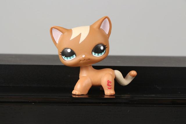 Linda coleção Pet LPS figura LPS brinquedo # 1170 Brown Tan cachos gatinho gato Kitty agradável presente crianças