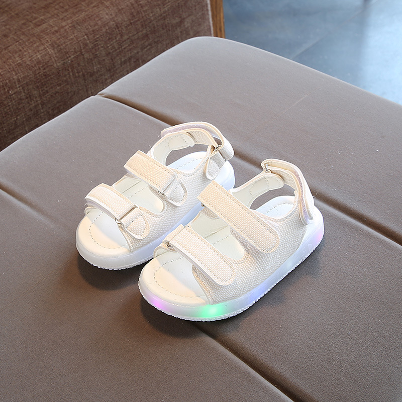 2018 summer shoes boys sandals childrens LED lights shoes girls beach shoes Korean hollow breathable soft bottom size 21-30