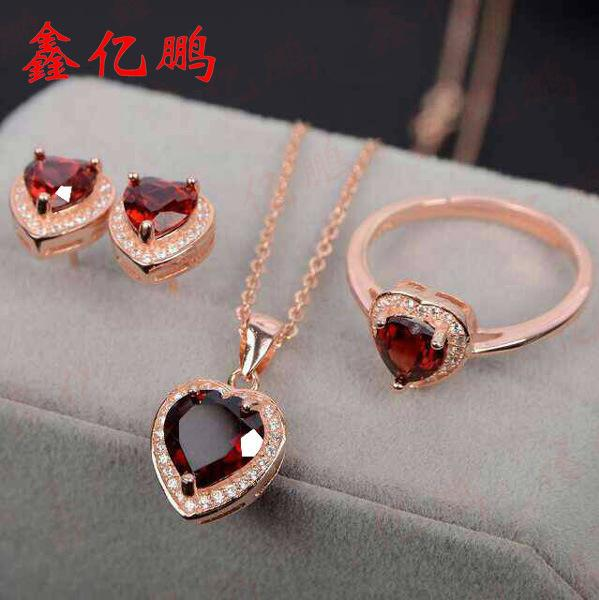 925 sterling silver with natural garnet jewelry suit ring necklace pendant earrings Colored gems925 sterling silver with natural garnet jewelry suit ring necklace pendant earrings Colored gems