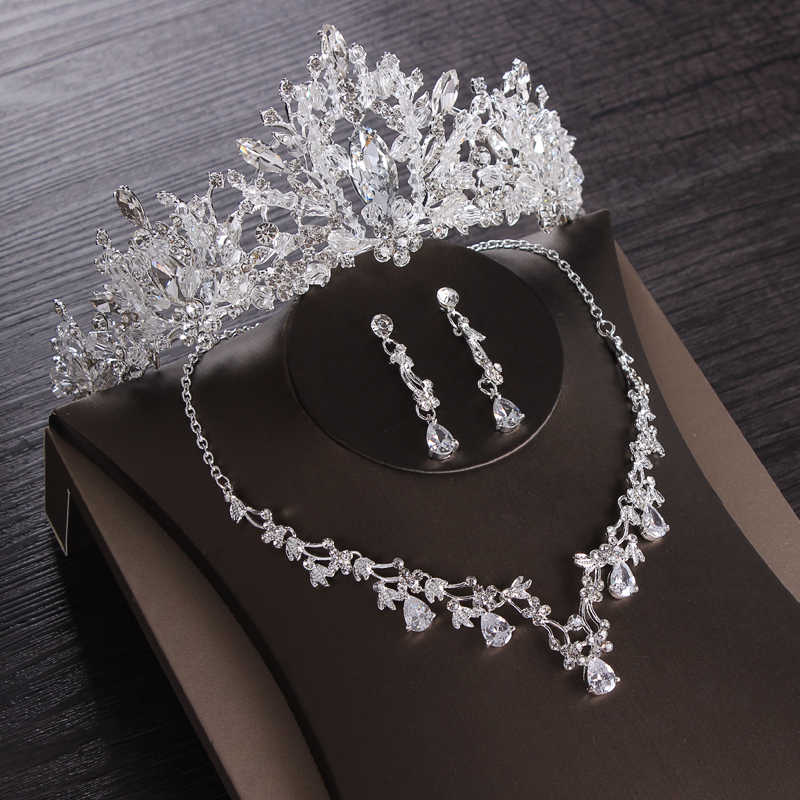 Luxe Heart Crystal Bridal Sieraden Sets Wedding Kubieke Zirkoon Crown Tiara Earring Choker Ketting Set Afrikaanse Kralen Sieraden Set